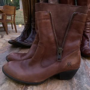 Born Brown distressed leather boots, Sz. 8.5